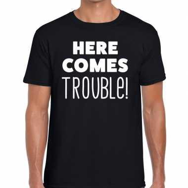 Here comes trouble tekst t shirt zwart herenoriginele